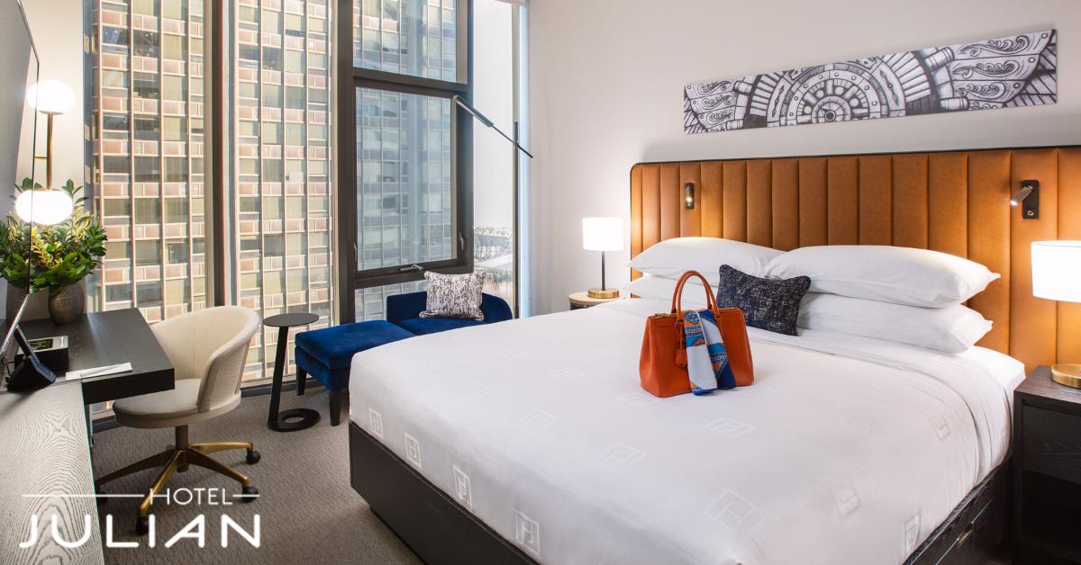 Hotel Julian Chicago Room